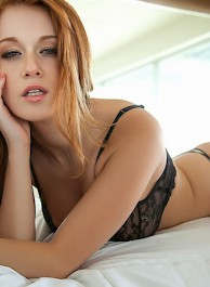 Smiley Redhead Beauty Leanna Decker