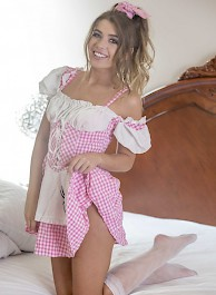 Russian Teen Slatsjana Strips Off Her Cute Pink Dress