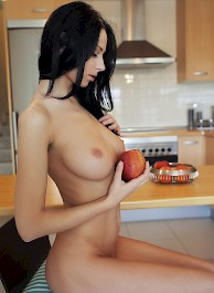 Sexy Nude Girl Lydia A Apple a Day