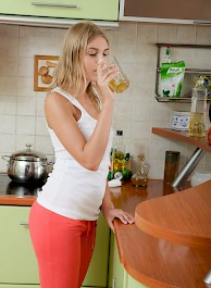 Nasty Blonde Teen Gets Nailed I...