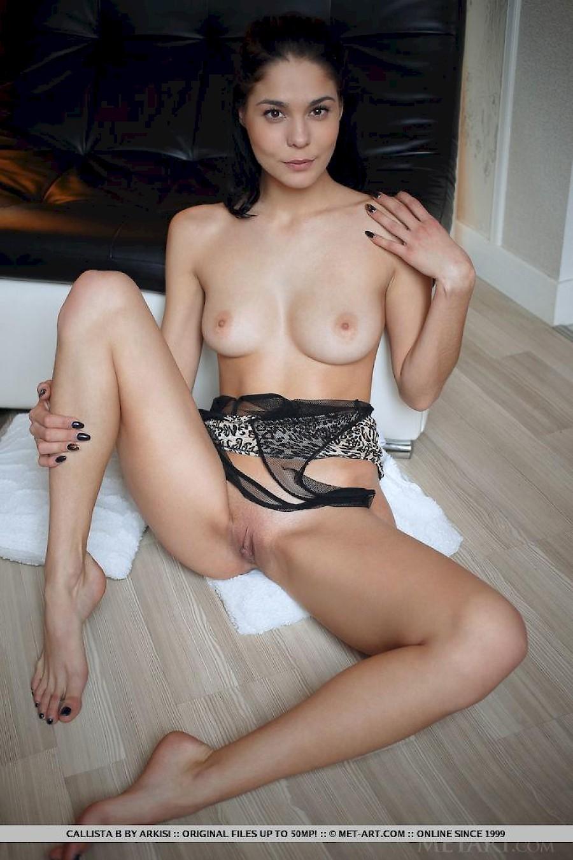 Erotic free mature pic woman
