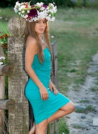 Sexy Russian Fairy Arina Spreading Outside