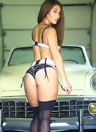 Eva Lovia Old Ride