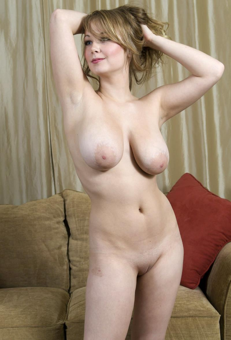 Natural bush blonde nude free