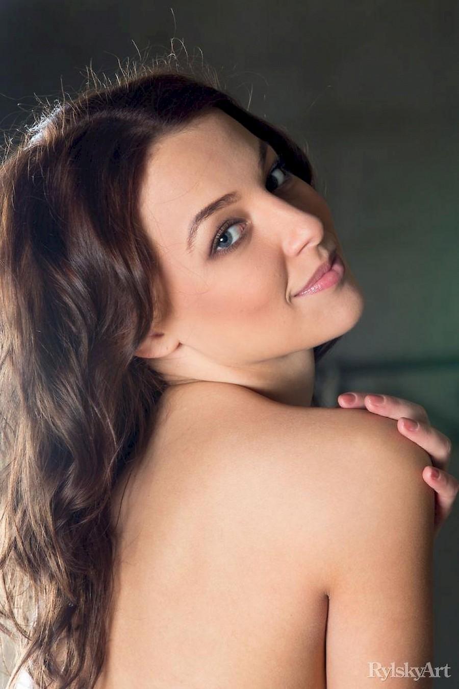 Nikia A Porn nikia a shows you her hot nude body - sexo18 free sexy babes