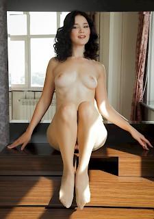 Hot Babe in Pantyhose, Free Hot