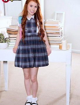 cute teen Dolly Little strips for you after class
