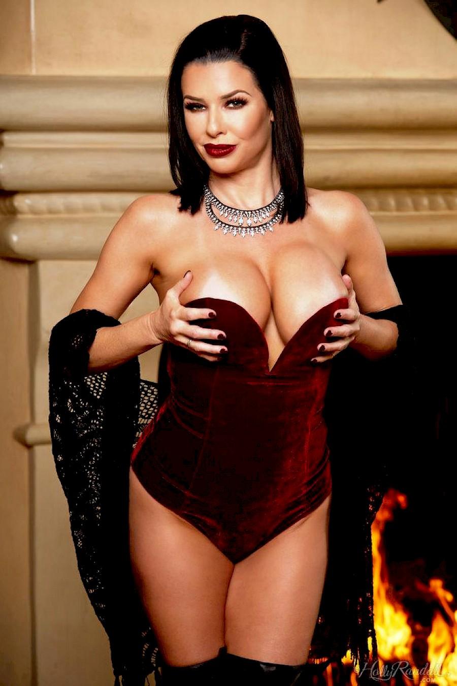 Strip busty hot