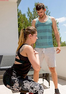 sexy girl Angel Rivas fucks her personal trainer on the balcony