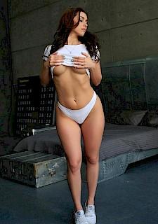 Fucking brunette babe big tits ass videos