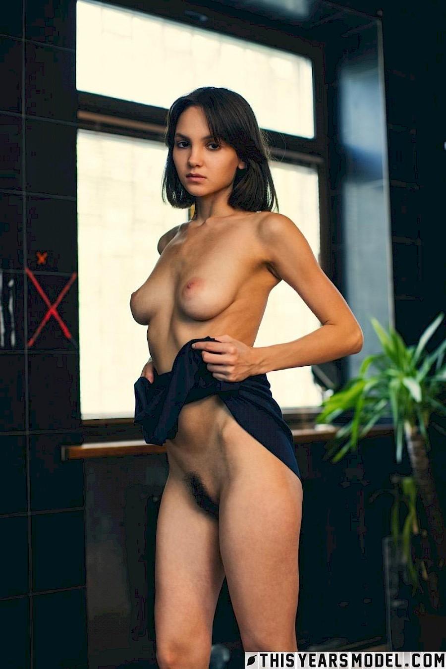 Babe Lara Porn Star big boobs babe lara masier shows you her gorgeous nude body