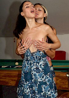 lesb babes Gina Gerson and Lilu Moon pleasuring each other