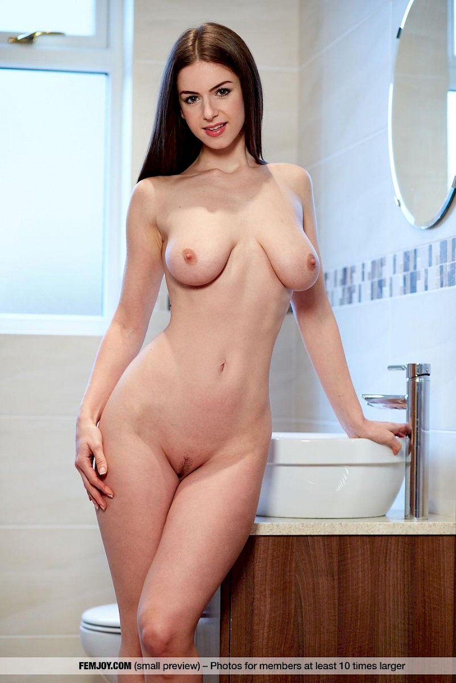 free live nude shows