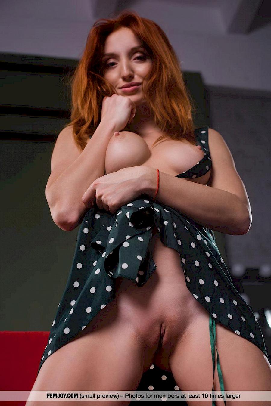 marga e redhead porno star