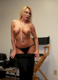 Busty Milf Jennifer Gives A Blo...