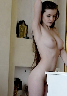 Emily Bloom Pretty and Sexy Metart Babe free Video