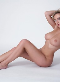 Busty Chikita Naked In The Stud...